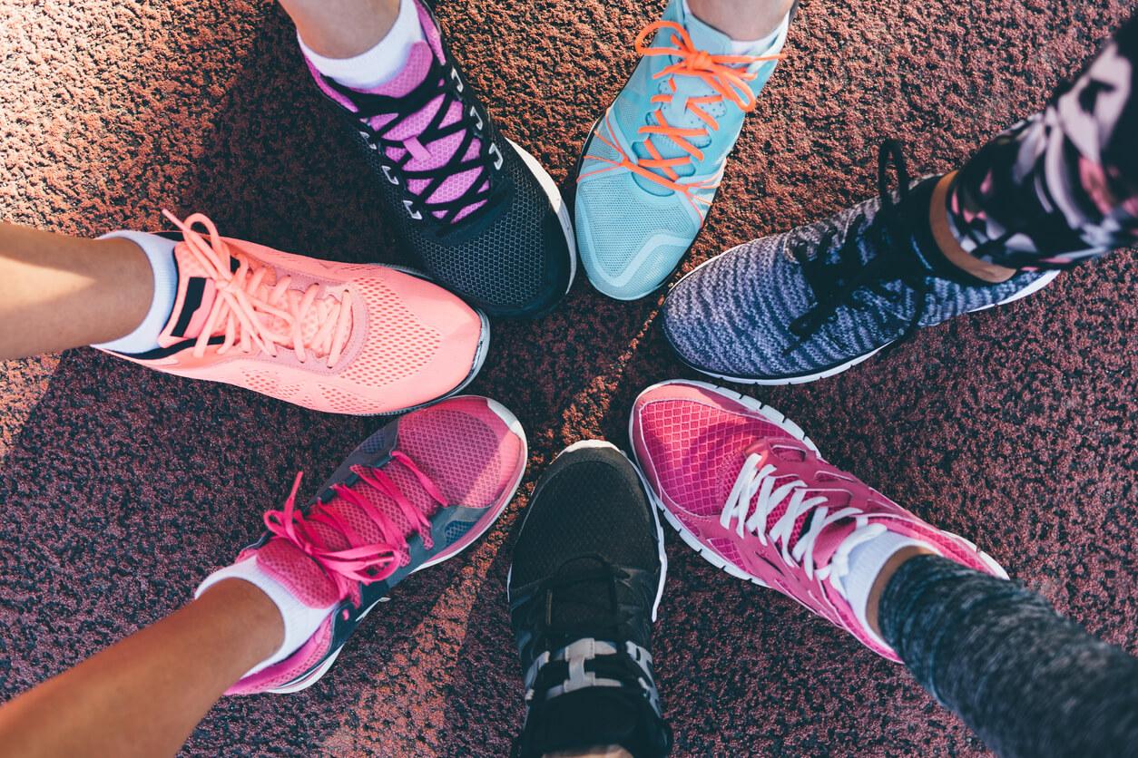รองเท้าผ้าใบ คุณภาพสูงเพื่อสุขภาพเท้าที่ดี